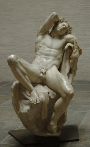 Sátiro adormecido, conhecido como Fauno Barberini. Cópia em mármore do original feito por um escultor da escola de Pérgamo. C. 220 a.C. Munique, Gliptoteca.