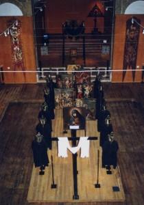 Procession de la Semaine Sainte (Vendredi Saint) Reconstitution à l'exposition «500 Anées des Miséricordes» Lisbonne, Couvent de Sainte Monique Photo: MIR, 2000.