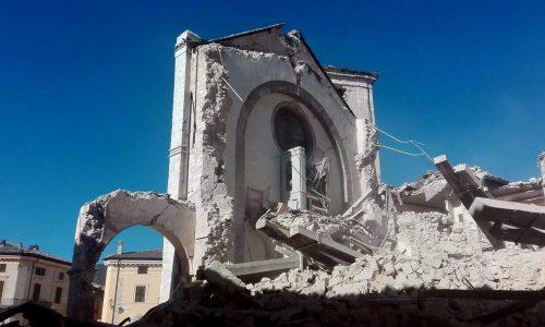 Basílica de San Benedetto 31 out. 2016 Foto: Matteo Guidelli/EPA